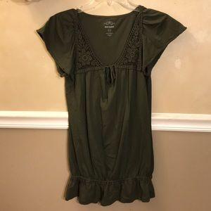 Old Navy lace trim keyhole tie peplum tunic
